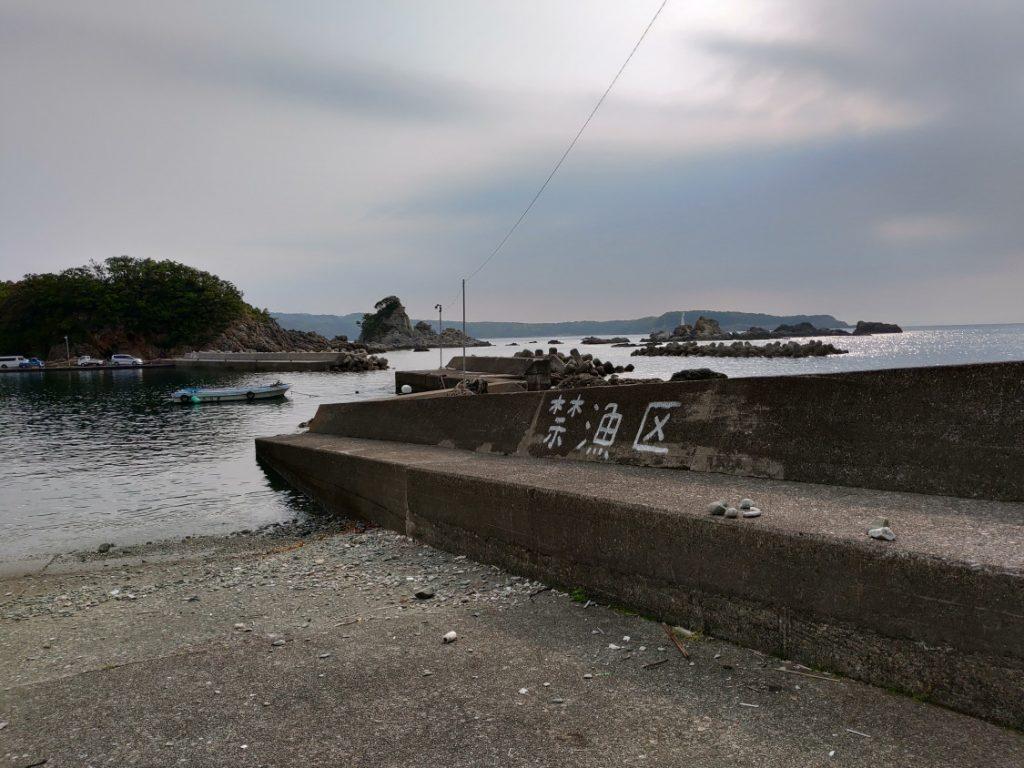 出雲漁港エギング堤防
