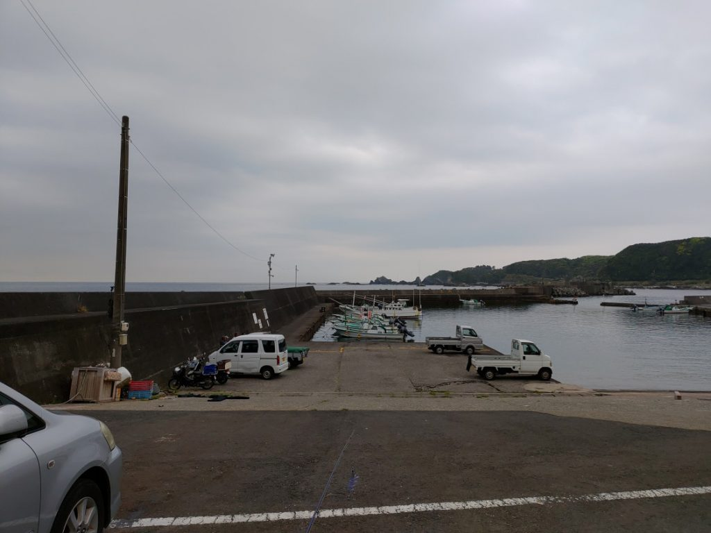 萩尾漁港エギング 堤防内側から