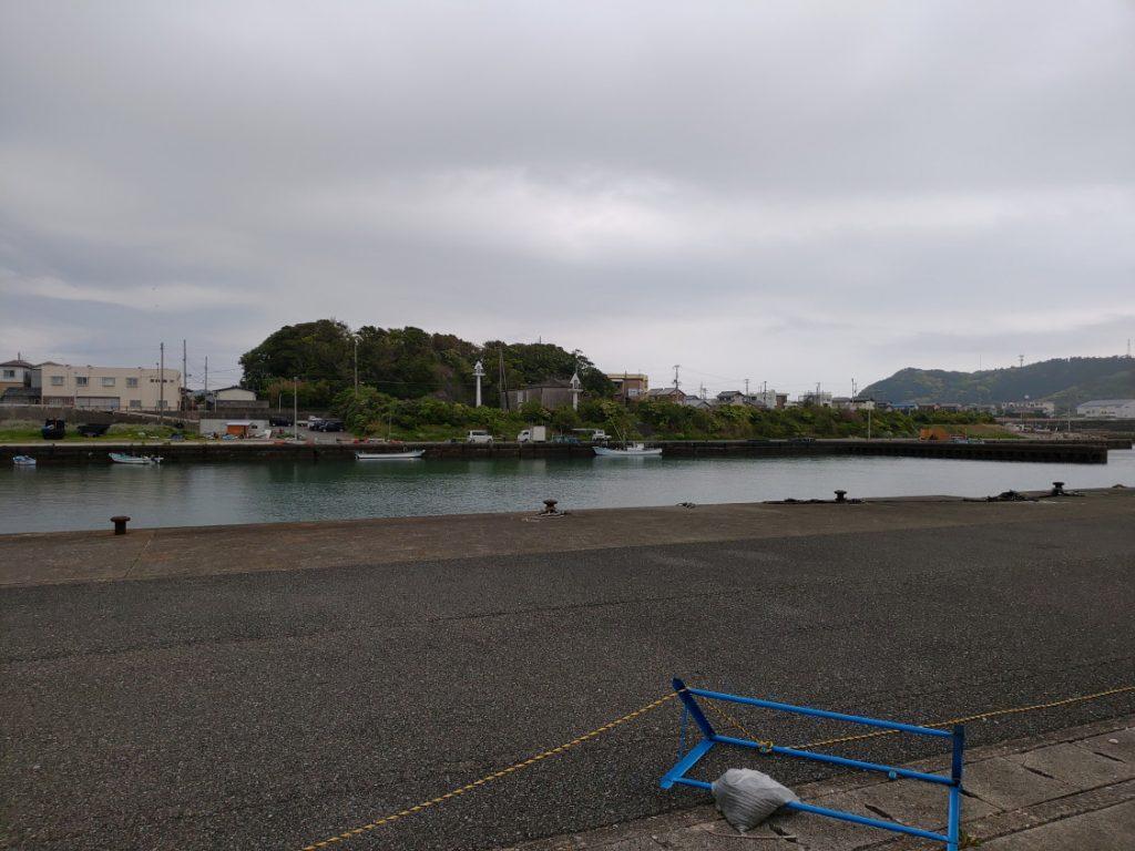 須賀の浜漁港(上浦漁港)エギング 穏やかな湾奥